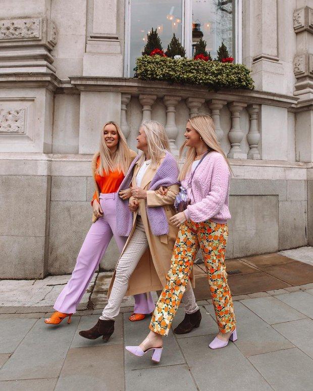 Đỉnh cao mix đồ đôi phải như cặp chị em blogger này: Toàn item màu mè nhưng hay ho, nhìn là muốn rủ cạ cứng mặc theo liền - Ảnh 9.