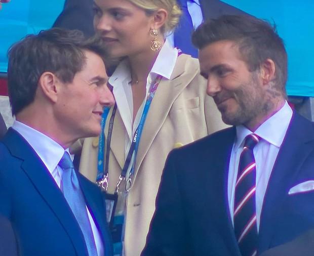 Dàn sao đổ bộ Chung kết Euro 2020: David Beckham - Tom Cruise thân mật gây bão, Harper xinh xắn át cả siêu mẫu Kate Moss - Ảnh 4.
