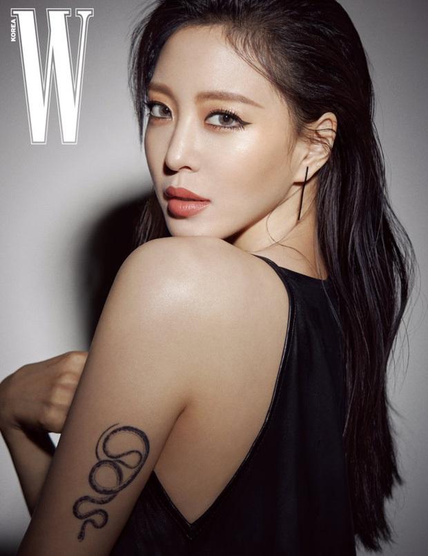 NÓNG: Cảnh sát điều tra khẩn tiệc thác loạn của đại gia và dàn sao Hàn, 1 nữ idol nổi tiếng đã bị tìm ra danh tính - Ảnh 6.