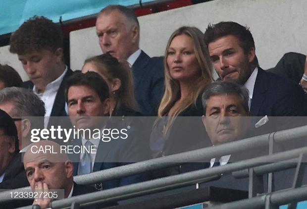 Dàn sao đổ bộ Chung kết Euro 2020: David Beckham - Tom Cruise thân mật gây bão, Harper xinh xắn át cả siêu mẫu Kate Moss - Ảnh 7.