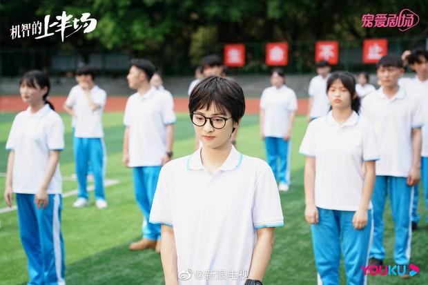 Sao nữ gây sốc với visual như trộn từ Châu Tấn - Tôn Lệ ở phim mới, tạo nên thảm họa kém bạn diễn cả thước? - Ảnh 4.