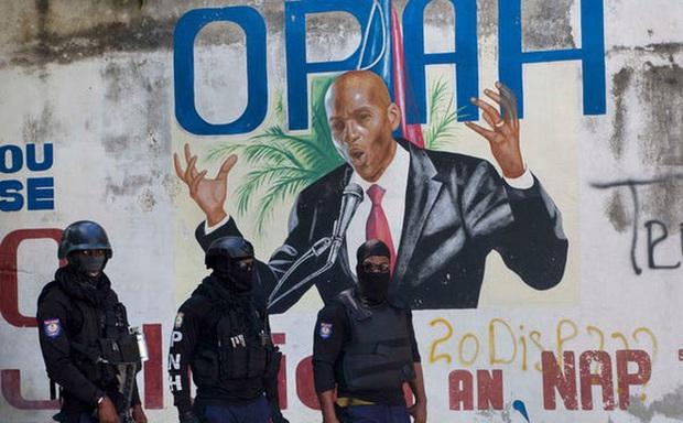 Hé lộ tin nhắn cuối của 1 nghi phạm giết cố Tổng thống Moise: Cảnh sát Haiti đã bắn chết nhầm người? - Ảnh 1.