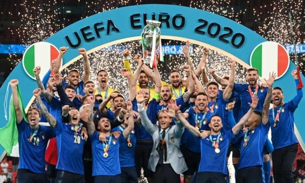 Google cho bắn pháo hoa tung tóe mừng đội tuyển Ý vô địch Euro 2020 - Ảnh 1.