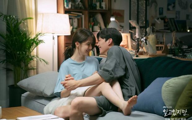 Ngoài cảnh nóng của Han So Hee - Song Kang, Nevertheless còn có gì mà lại gây sốt cõi mạng? - Ảnh 2.