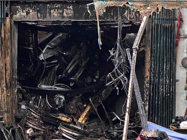 TP.HCM: 4 căn nhà bị cháy rụi - Ảnh 3.