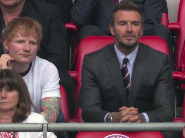 David Beckham càn quét từ Wimbledon đến Euro: Lên đồ biến sự kiện thành sàn diễn, visual đỉnh cao đè bẹp Tom Cruise - Ed Sheeran - Ảnh 13.