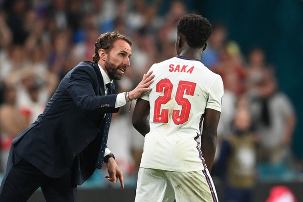Hai bàn thắng trong trận chung kết tạo nên 2 kỷ lục Euro mới - Ảnh 3.