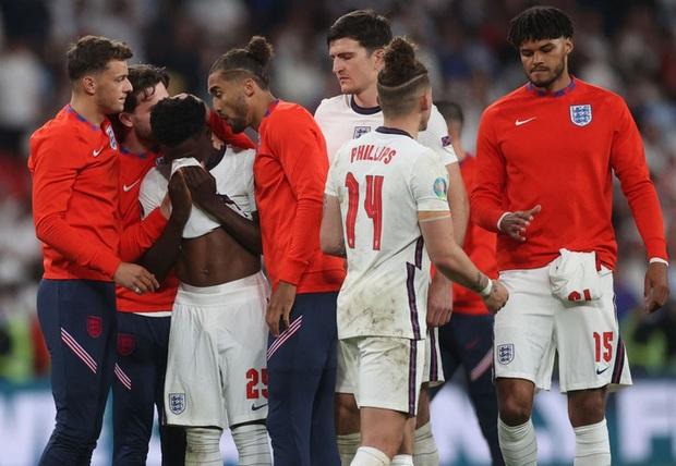 Hai bàn thắng trong trận chung kết tạo nên 2 kỷ lục Euro mới - Ảnh 5.