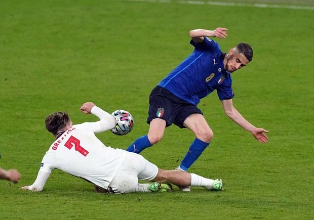 Chấm điểm cầu thủ Italy vs Anh: Siêu nhân mang tên Gianluigi Donnarumma - Ảnh 6.