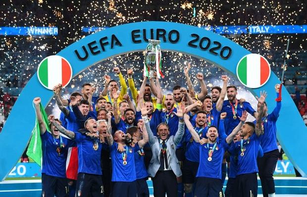 Hai bàn thắng trong trận chung kết tạo nên 2 kỷ lục Euro mới - Ảnh 7.