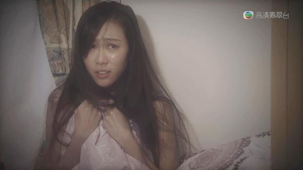Mỹ nữ TVB bị cưỡng hiếp suốt cả sự nghiệp: Kiệt quệ thể xác mà cát-xê rẻ rúng, cắn răng vứt bỏ đam mê đi bán đồ chơi? - Ảnh 1.
