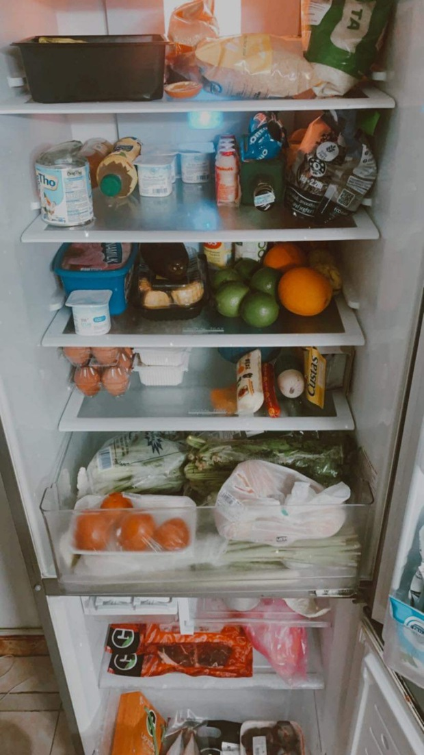 Tủ lạnh những ngày giãn cách của team trai xinh gái đẹp đình đám có gì? - Ảnh 7.