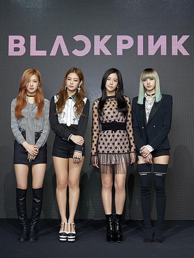 Truyền thông Hàn đưa tin thời gian Lisa solo, trùng đúng dịp đặc biệt của BLACKPINK khiến fan lo lắng chỉ còn cái nịt - Ảnh 2.