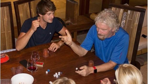 10 sự thật điên rồ về Richard Branson, vị tỷ phú chơi ngông của Virgin Group vừa bay vào vũ trụ trước Jeff Bezos - Ảnh 10.
