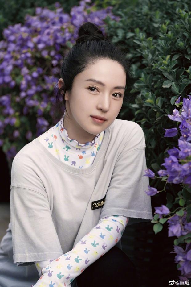 Tiểu công chúa 5 tuổi với visual xinh như thiên thần nhà Điêu Thuyền Đổng Tuyền khiến cả Weibo lịm tim với bộ ảnh mới - Ảnh 9.