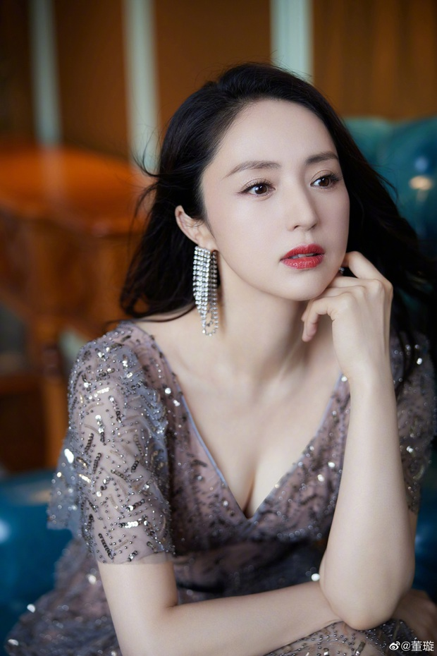 Tiểu công chúa 5 tuổi với visual xinh như thiên thần nhà Điêu Thuyền Đổng Tuyền khiến cả Weibo lịm tim với bộ ảnh mới - Ảnh 10.