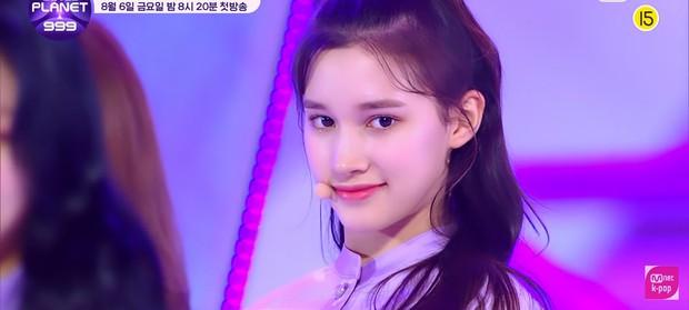 Show sống còn mới của Mnet ra mắt sân khấu đầu tiên, visual không thiếu nhưng center lại là thí sinh mờ nhạt từ Produce 48 - Ảnh 7.