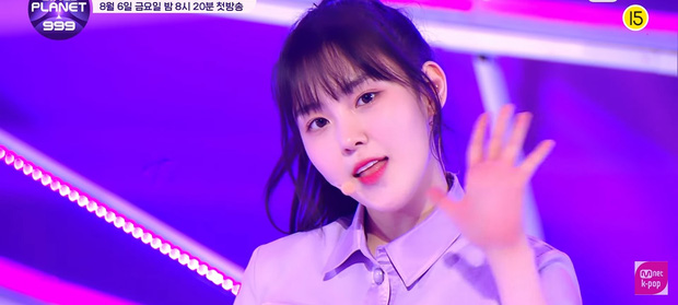 Show sống còn mới của Mnet ra mắt sân khấu đầu tiên, visual không thiếu nhưng center lại là thí sinh mờ nhạt từ Produce 48 - Ảnh 9.
