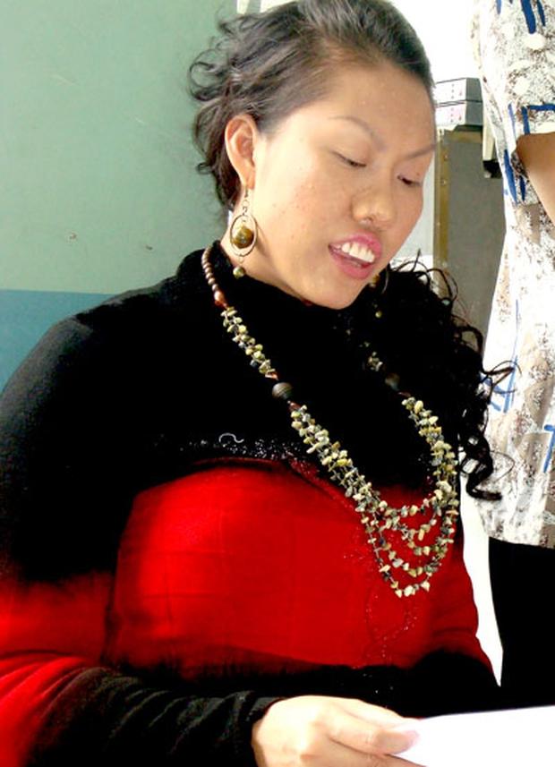 Phi Thanh Vân bị đào lại ảnh vai diễn năm xưa mà sốc, tạo hình răng hô mũi to, body vạm vỡ quá khác với nhan sắc thực tế - Ảnh 2.