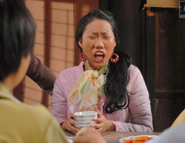 Phi Thanh Vân bị đào lại ảnh vai diễn năm xưa mà sốc, tạo hình răng hô mũi to, body vạm vỡ quá khác với nhan sắc thực tế - Ảnh 5.