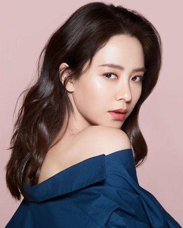Khoảnh khắc Song Ji Hyo chính thức vứt bỏ hình tượng diễn viên quyến rũ: Visual bị hủy hoại nhưng thái độ quá đáng khâm phục - Ảnh 11.
