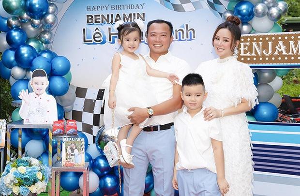 Cuối cùng Vy Oanh đã tung ảnh check in đi đẻ, chuẩn bị chính thức chào đón nhóc tỳ thứ 3 giữa liên hoàn drama - Ảnh 6.