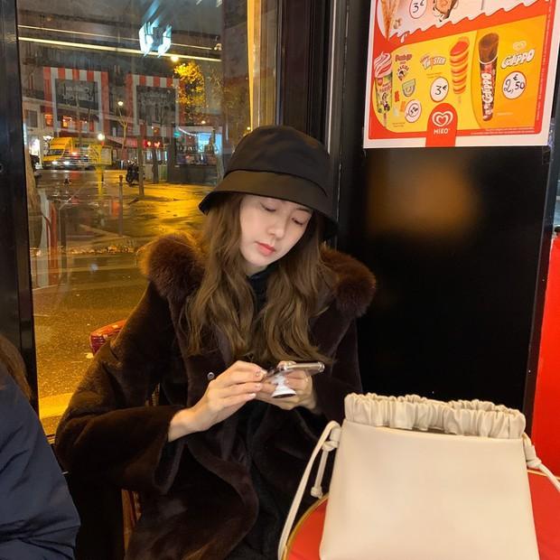Mỹ nhân Nữ Hoàng Seon Deok khoe ảnh mới, netizen sốc tận óc: Sao 41 tuổi có thể trẻ trung đến vậy? - Ảnh 5.