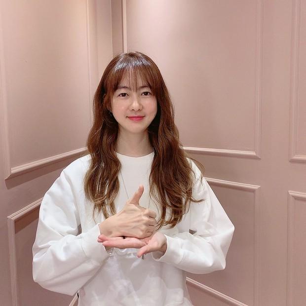 Mỹ nhân Nữ Hoàng Seon Deok khoe ảnh mới, netizen sốc tận óc: Sao 41 tuổi có thể trẻ trung đến vậy? - Ảnh 7.