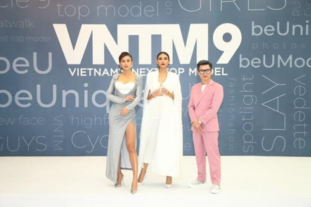 Loạt show thực tế ngừng ghi hình giữa mùa dịch: Running Man dời qua tháng 9, Rap Việt chưa thấy tăm hơi - Ảnh 3.