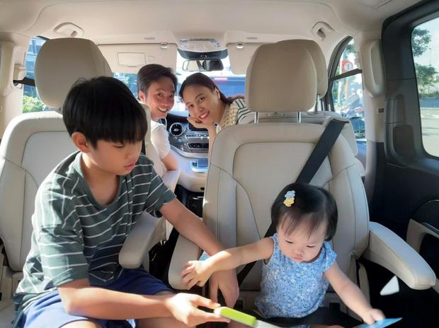 Đàm Thu Trang tung ảnh chất lượng thấp nhưng vẫn gây sốt, lý do vì lần đầu ái nữ Suchin làm việc này với gia đình - Ảnh 6.