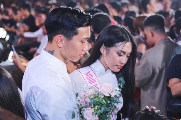 Top 10 Hoa hậu Việt Nam trả lời thế nào khi netizen xin quan điểm về chuyện ăn cơm trước kẻng? - Ảnh 2.