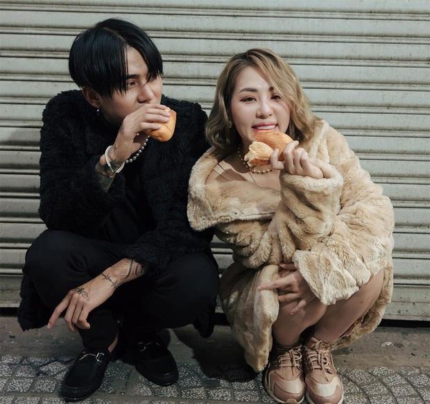 Netizen tràn vào MV Bánh Mì Không sau clip Đạt G đánh đập Du Uyên, còn mỉa mai đòi xóa MV - Ảnh 1.