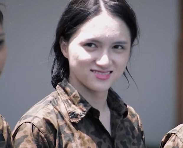 Dàn Hoa hậu tự tin khoe mặt mộc trên show thực tế: Người được khen hết lời, người được nhận xét quá khác biệt - Ảnh 8.