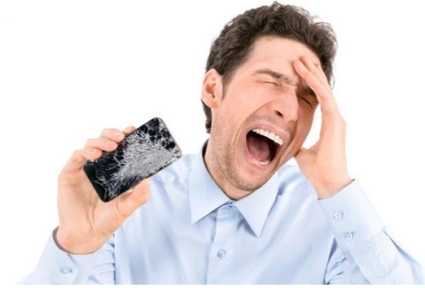 5 vấn đề nghiêm trọng người dùng sẽ gặp phải khi cố đấm ăn xôi không chịu đi thay màn hình điện thoại vỡ - Ảnh 2.