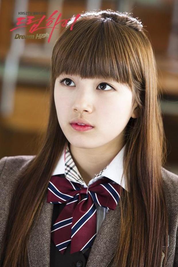 Hành trình nhan sắc của 3 tình đầu quốc dân phim Hàn: Son Ye Jin - Jun Ji Hyun đẹp trường tồn, hậu bối Suzy không hề kém cạnh - Ảnh 23.
