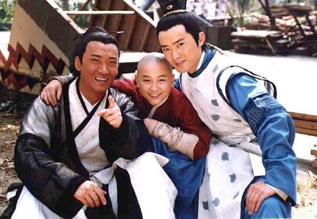 Nhĩ Khang (Hoàn Châu Cách Cách): Toang cả sự nghiệp vì Lâm Tâm Như, lật mặt sau 20 năm chịu oan và giờ thành đại gia trồng lúa - Ảnh 5.