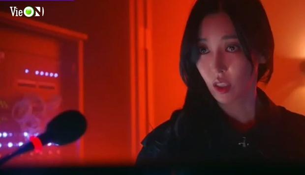 Penthouse 3 tập 7: Su Ryeon đánh Ju Dan Tae vỡ đầu, tự mình lái xe đâm chết trùm ác ma? - Ảnh 4.