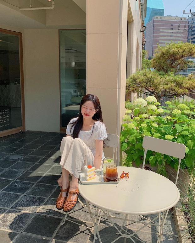 Lưu dần những gợi ý mặc đẹp từ gái Hàn để hết dịch không phải lo không có gì để mặc nữa - Ảnh 5.