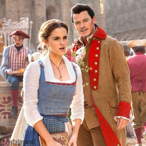 Tài tử bị ghét ở Người Đẹp Và Quái Vật úp mở về tiền truyện sắp ra mắt: Emma Watson liệu có quay lại với vai Belle? - Ảnh 2.