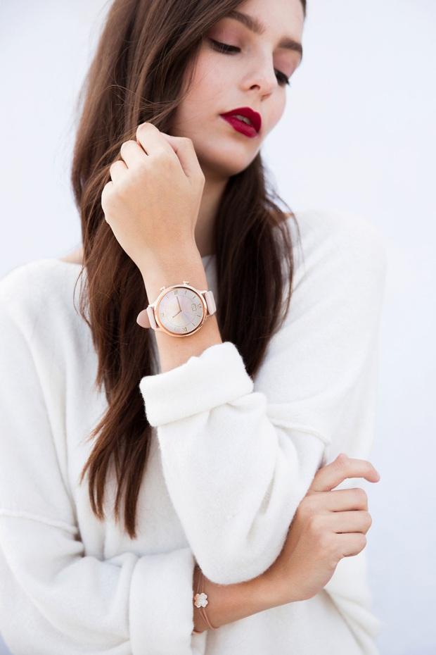 Từ 2,8 triệu, đây là loạt smartwatch sang - xinh - xịn dành riêng cho các nàng bánh bèo năng động - Ảnh 5.