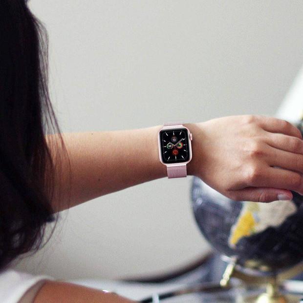 Từ 2,8 triệu, đây là loạt smartwatch sang - xinh - xịn dành riêng cho các nàng bánh bèo năng động - Ảnh 9.