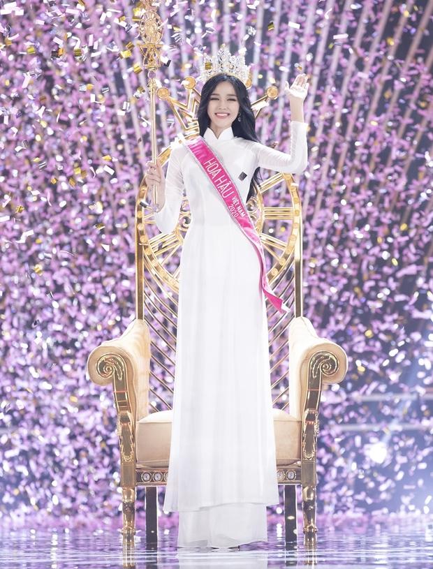 Công bố 5 bản vẽ váy dạ hội cho Hoa hậu Đỗ Thị Hà diện trong Chung kết Miss World, dự sẽ bùng nổ đấu trường quốc tế đây! - Ảnh 9.