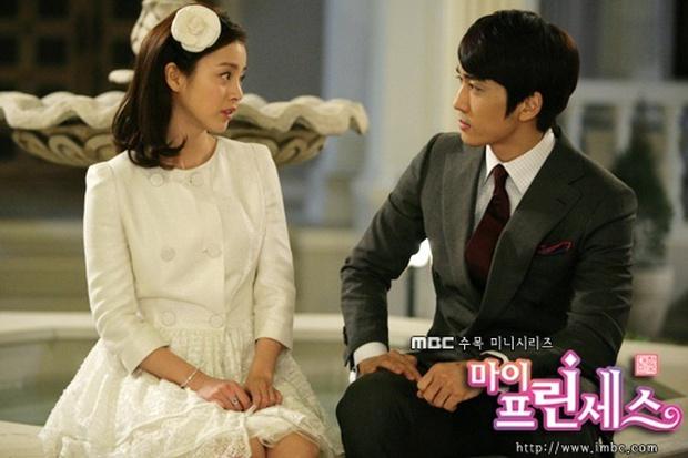 Tưởng luôn hiền lành, hoá ra Kim Tae Hee đã từng đáp trả cực xéo xắt khi bị chê béo, vai to bằng Song Seung Hun - Ảnh 2.