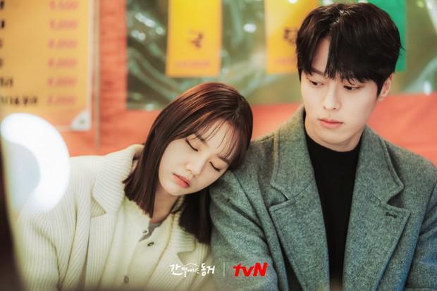Hậu nghi vấn toang với Ryu Jun Yeol, Hyeri khẳng định mặt cún xem không sót tập My Roommate Is A Gumiho nào - Ảnh 4.