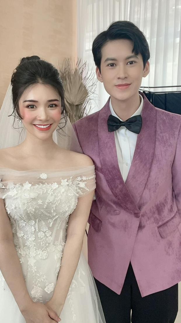 Chia tay Quang Lê đã lâu, hôm nay Thanh Bi bất ngờ tung ảnh cưới tình tứ bên chàng trai lạ mặt khiến ai nấy cũng ùa vào chúc mừng - Ảnh 3.