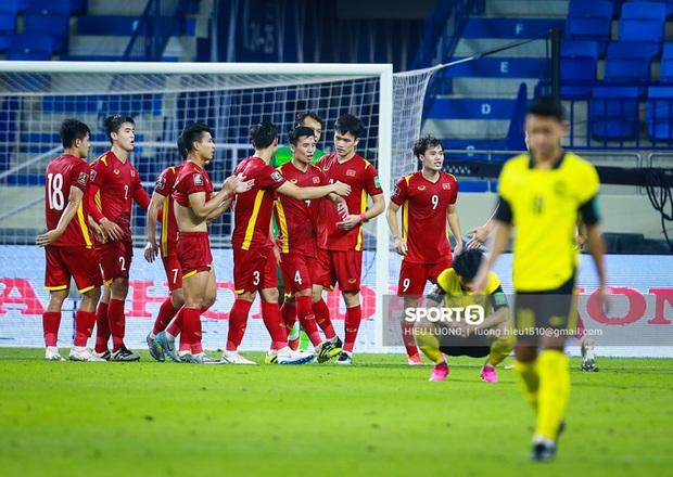 Tết này, bóng đá sẽ về nhà với NHM đội tuyển Việt Nam tại vòng loại thứ 3 World Cup 2022 - Ảnh 1.