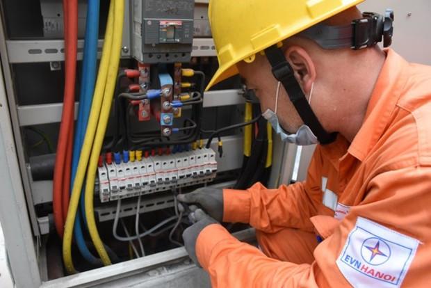 Hà Nội: Hơn 16.000 chủ nhà trọ cam kết thu tiền điện đúng giá quy định - Ảnh 1.