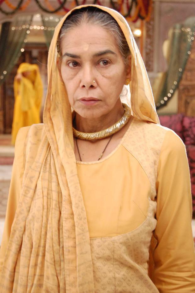 """Tin buồn: Bà nội chồng của Cô Dâu 8 Tuổi qua đời, hưởng thọ 76 tuổi, """"Anandi"""" Avika Gor xót xa tiễn biệt - Ảnh 4."""