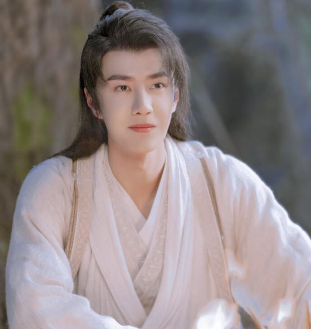 Top 8 diễn viên Hoa ngữ có chỉ số cao nhất nửa đầu 2021: Hạng 1 cách quá xa, Nhiệt Ba góp mặt còn Triệu Lệ Dĩnh đâu rồi? - Ảnh 7.