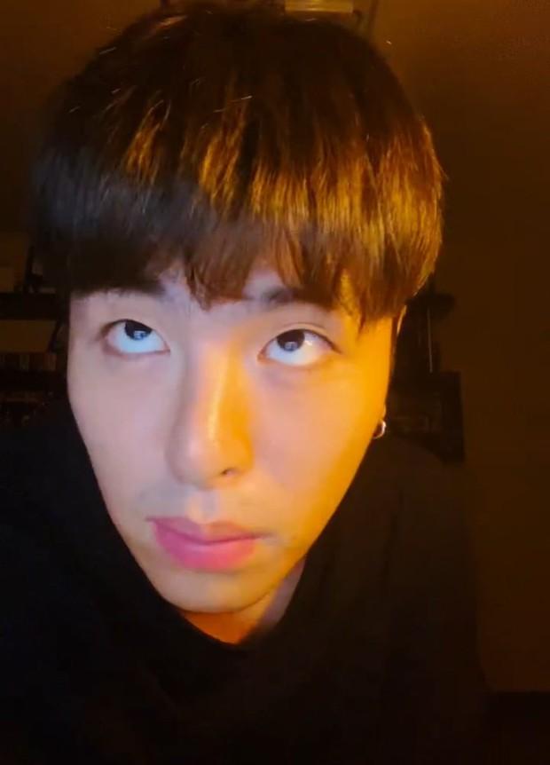 Nam idol YG kiện cáo fan khi rao bán card của mình giá thấp hơn thành viên khác, sự thật khiến ai nấy hú hồn - Ảnh 3.